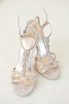 Gold wedding sandals - My wedding ideas