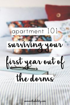 Apartment Surviving your first year out of the college dorms! Tips for surviving your first year outside of the college dorm! These first apartment tips will make it easy to live on your own! Student Apartment, Apartment Hacks, Apartment Essentials, Apartment Goals, Dream Apartment, Apartment Living, Apartment Ideas College, Apartment Interior, Apartment Cleaning