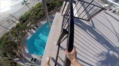 #Video: se tiró a una pileta desde un balcón y lo grabó - Clarín.com: Clarín.com Video: se tiró a una pileta desde un balcón y lo grabó…