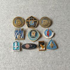Vintage Space Pins, Cosmos Exploration, Space Badge, Space Collectible, Rocket Astronaut Antique, Moon Exploration https://www.etsy.com/shop/MyBootSale