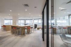 McGraw-Hill Education Offices - London - Office Snapshots