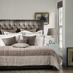 Richmond Bed Velvet - 2 Colours   The White Company