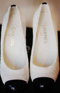 Chanel pearl flats