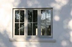Browse images of Casement Home windows that can encourage you. Discover concepts and inspiration for Casement Home windows so as to add to your individual house. Porch Windows, Cottage Windows, House Windows, Windows And Doors, Exterior Windows, House Doors, Timber Roof, Timber Windows, Wooden Windows