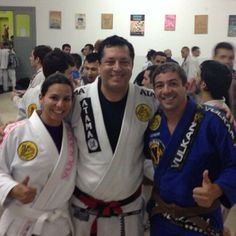 .@gustavo_aalves   Viemos dar um treino na Humaitá Buenos Aires e quem estava por lá? Essa é a m...   Webstagram