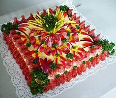 Assorted meat, cheese and vegetables Buffet, Creative Food Art, Sandwich Cake, Party Trays, Food Platters, Edible Art, Savoury Cake, Cute Food, Food Design