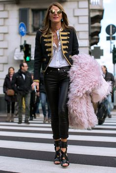 and there it is! full length on AdR's spectacular Saint Laurent moment in Milan. I don't think she's ever looked better. just sayin.  #AnnaDelloRusso
