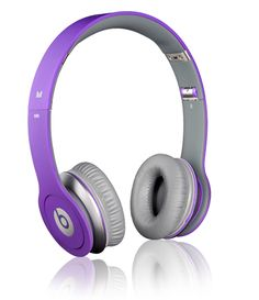 DYING for the Beats by Dre headphones Beautiful! I have the little ear buds. Monster Headphones, Cute Headphones, Wireless Headphones, Over Ear Headphones, Studio Headphones, Beats Solo, Cheap Beats, Purple Love, Purple Swag