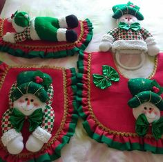 Felt Christmas Decorations, Christmas Stockings, Christmas Ornaments, Holiday Decor, Holiday Ideas, Wedding Decorations, Christmas Projects, Christmas Holidays, Xmas