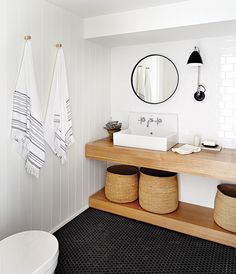 48 Awesome Minimalist Bathroom Design Ideas - Page 3 of 48 Small Basement Bathroom, Wood Bathroom, Laundry In Bathroom, Bathroom Layout, Bathroom Flooring, Bathroom Interior, Interior Design Living Room, Wood Sink, Basement House