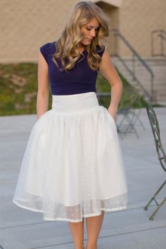 This outfit is SO cute! I've never been brave enough to buy a white skirt, but I would go for this one- I would like a bit more length on the skirt, though.