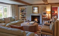 INTERIOR DESIGN ∙ COUNTRY HOUSES ∙ Wiltshire - Todhunter EarleTodhunter Earle Isn't this lovely!