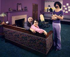 Frank Zappa and his parents, 1970. (Visual News)