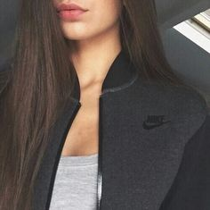 Image about girl in Nike by Chxnelbag on We Heart It Sporty Outfits, Nike Outfits, Cool Outfits, Stylish Girls Photos, Girl Photos, Tumbrl Girls, Girly Pictures, Girls Dpz, Cute Sweaters