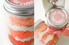 Cute wedding favor idea! Cupcake in a little mason jar :)