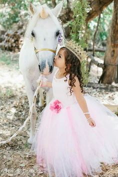 Holy moly a fairy princess and unicorn/rainbow birthday. Princess Birthday, Princess Party, Little Princess, Girl Birthday, Happy Birthday, Unicorn Princess, Royal Princess, Pony Party, Unicornio Birthday