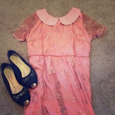 Short sleeve mesh embroidered pink dress Fully lined, embroidered mesh outer layer. Dresses