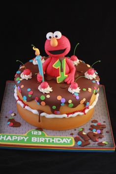 Elmo Cake | I tried Elmo in fondant this time....I normally … | Flickr