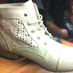 hitapr.org combat boots with lace (11) #combatboots