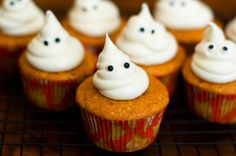 Ghost/Halloween Cupcakes