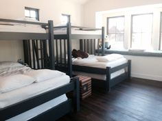 Bunk Bed Room on a Budget - Sleeps 10