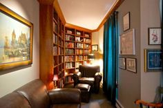 Look at that wonderful book nook!  Foster Creek Farm - Montana Ranches For Sale | Fay Ranches.