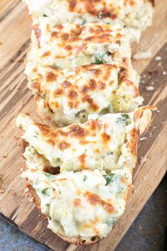 Chicken Spinach & Artichoke Dip French BreadReally nice  Mein Blog: Alles rund um die Themen Genuss & Geschmack  Kochen Backen Braten Vorspeisen Hauptgerichte und Desserts # Hashtag