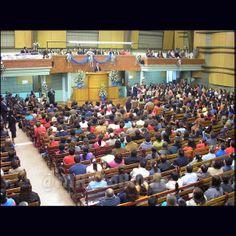 El #Miraísmo orienta sus acciones con esta población hacia la creación de condiciones políticas, económicas y sociales que satisfagan sus necesidades y fortalezcan las habilidades innovadoras propias de la juventud todo dentro de un marco de responsabilidad, de comportamientos sanos y de solidaridad.