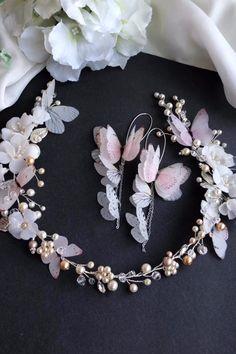 Butterfly Discover Silk butterflies jewelry & wedding accessory for bride от WingLine New kit 2020 in March Wedding Accessories For Bride, Wedding Hair Accessories, Handmade Wire Jewelry, Beaded Jewelry, Bridal Earrings, Wedding Jewelry, Hair Jewelry, Fashion Jewelry, Jewellery