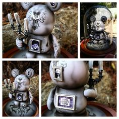 Evilos is offering another exquisite custom Vinylmation - this one in honor of the Haunted Mansion's 45th anniversary. LE of 45. They go on sale Friday at 8 am PST - good luck!  http://evilosart.blogspot.com/2014/08/haunted-mansion-45th-colorless-custom-3.html