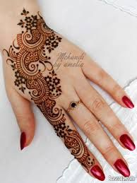 Arabic mehndi designs are much demanded in fashion industry. These mehndi designs are excitedly adopted by fashionable women. Henna Tattoo Designs, Henna Tattoos, Mehndi Designs For Fingers, Mehndi Patterns, Arabic Mehndi Designs, Latest Mehndi Designs, Simple Mehndi Designs, Mehndi Tattoo, Art Tattoos