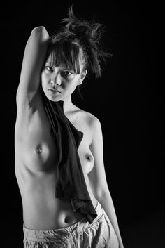 Thien - shared with pixbuf.com #girl #portrait #nude #bw #leica