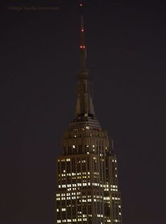 Empire State Building in darkness tonight in respect for #Paris http://www.esbnyc.com/explore/tower-lights