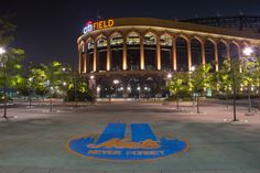 If it doesn't get removed, Mets fans will be greeted by it before tonight's game. New York Mets Baseball, Baseball Park, Ny Mets, Lets Go Mets, How Soon Is Now, Queens Nyc, The Twenties, New York City, New York