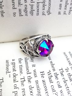 Swarovski Gothic Ring Snake Ring by ApplebiteJewelry Gothic Rings, Gothic Jewelry, Swarovski Ring, Swarovski Crystals, Index Finger Rings, Gothic Engagement Ring, Snake Ring, Color Effect, Antique Silver