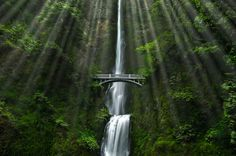 Playing With Light | Mulnomah Falls | Columbia River Gorge | Oregon | Photo By Thomas Duffy