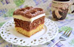 Prăjitura combinată cu aluat fraged și blat cu ciocolată Krispie Treats, Rice Krispies, Muffin, Food And Drink, Sweets, Cookies, Breakfast, Cake, Foods