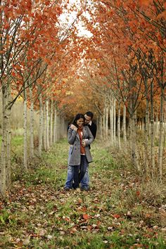 A Vibrant Autumn Engagement Session From Washington State - Fab You Bliss