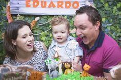 Lucas Eduardo 1 Ano | Aniversário Infantil | Fotógrafo Jaraguá do Sul | Corupá | Guaramirim | Pomerode | Blumenau | Joinville | Santa Catarina | Fotografia de família | Fotojornalismo | Nikon | Mãe de menino | Safari