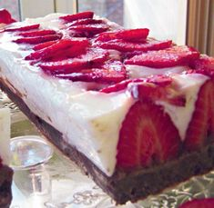 Prajitura Mozart Frappe, Cheesecakes, Biscuit, Good Food, Food And Drink, Sweets, Cooking, Desserts, Recipes