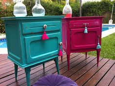 Love the vibrant colours of this pair of nightstand, and of course the tassels… – diy Funky Furniture, Refurbished Furniture, Paint Furniture, Upcycled Furniture, Furniture Projects, Furniture Making, Furniture Makeover, Home Furniture, Deco Design