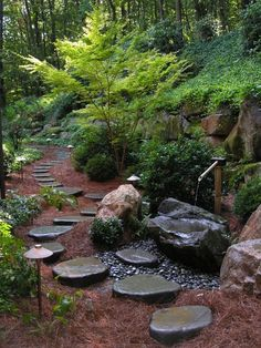 20 Outdoor Spaces Showcasing Natural Landscaping Stone | Home Design Lover