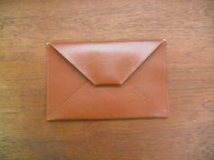 Cow Leather Clutch BagBrand : Hand Made by AvonleaSize : W30×H19Color : B...|ハンドメイド、手作り、手仕事品の通販・販売・購入ならCreema。