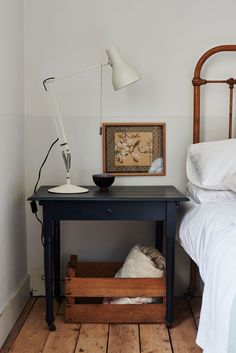 worthy: / sfgirlbybay bedroom with vintage headboard and painted wood bedside table with white task lamp.bedroom with vintage headboard and painted wood bedside table with white task lamp. Bedside table, console A Refined Terrace House in Lond. Home Bedroom, Bedroom Decor, Bedroom Photos, Bedroom Lighting, Modern Bedroom, Bedroom Ideas, Bedrooms, Vintage Bed Frame, Traditional Style Homes