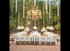 Planning a wedding on a budget is not easy. Take a look at these super helpful wedding planning and budget checklists, so you can plan your perfect wedding stress free! Inexpensive Wedding Venues, Outdoor Wedding Reception, Wedding Catering, Catering Logo, Reception Ideas, Wedding Music, Mod Wedding, Dream Wedding, Fantasy Wedding