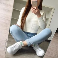 Casual Outfits For Girls, Sporty Outfits, Teen Fashion Outfits, Korean Outfits, Mode Outfits, Trendy Outfits, Fall Outfits, Girl Fashion, Tumblr Outfits