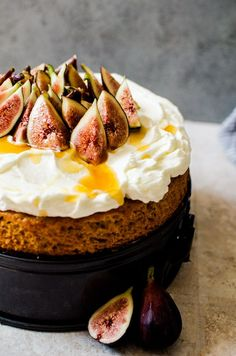 This honey cake with whipped mascarpone and figs is a simple, yet exotic cake that is perfect for a weeknight treat with coffee or as a weekend affair. Fig Recipes, Honey Recipes, Gourmet Recipes, Baking Recipes, Sweet Recipes, Cake Recipes, Dessert Recipes, Gourmet Foods, Italian Desserts