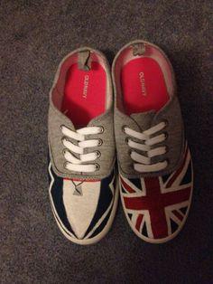 Diy Canvas Shoes(it's harry❤)