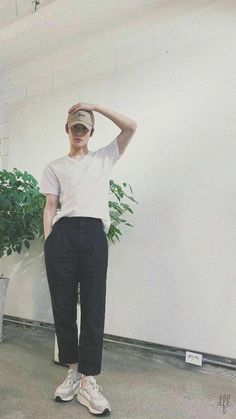 Johnny is a boss of a big ass company and Jaehyun just started workin… #fanfiction Fanfiction #amreading #books #wattpad