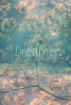 """""""Se si sogna da soli, è solo un sogno. Se si sogna insieme, è la realtà che comincia."""" - Proverbio africano"""